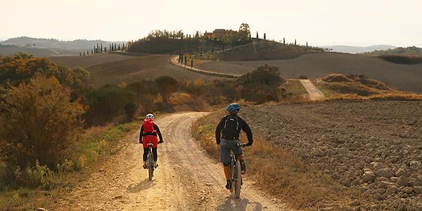 Toskana: bele ceste in rdeče vino